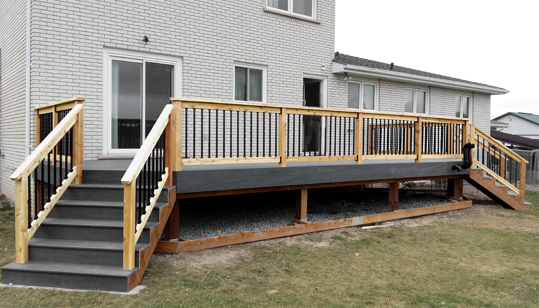 Cedar Rail Composite Deck